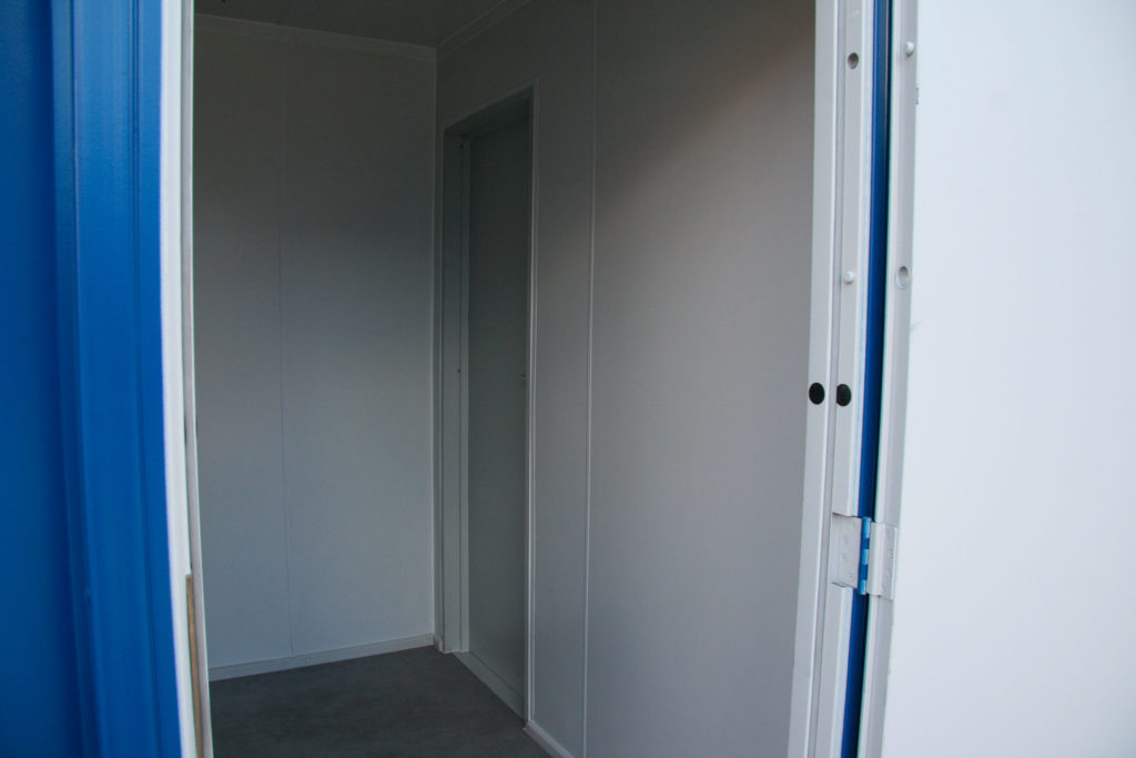 10ft Room with Partition wall