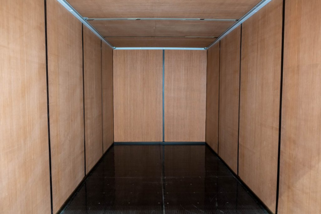 20ft Completed Ply Lined Container