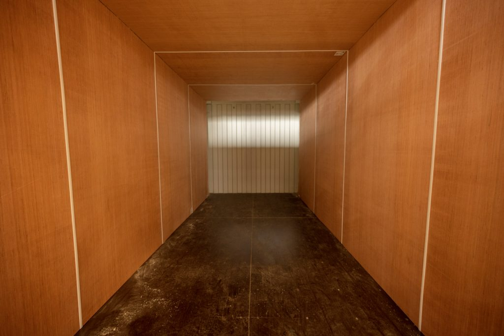 20ft Ply Lined Container